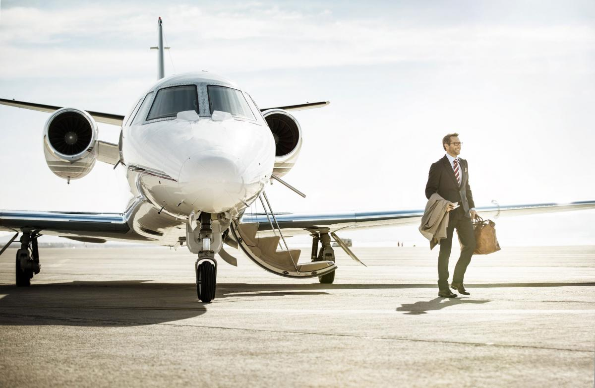 The Image From MidAmerica Jet A Private Jet Charter Service Agency In Nashville, TN.   Give MidAmerica Jet A Call Now For The Greatest Private Jet Charter Services In Nashville, Tennessee.}