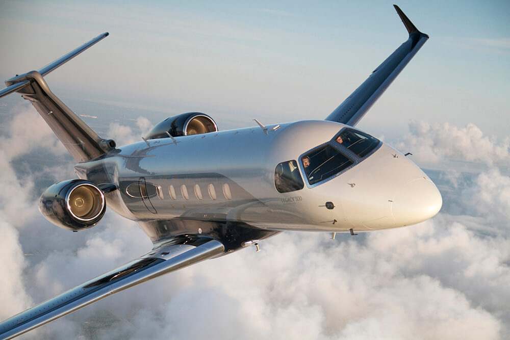 A Photo From MidAmerica Jet A Private Jet Charter Service Agency In Nashville, TN. | Contact MidAmerica Jet Soon For The Most Professional Private Jet Charter Services In Nashville, Tennessee.}